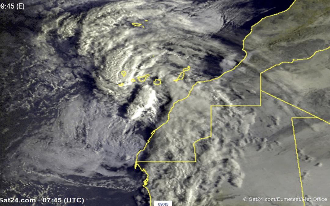 Onda tropical afectando a Canarias