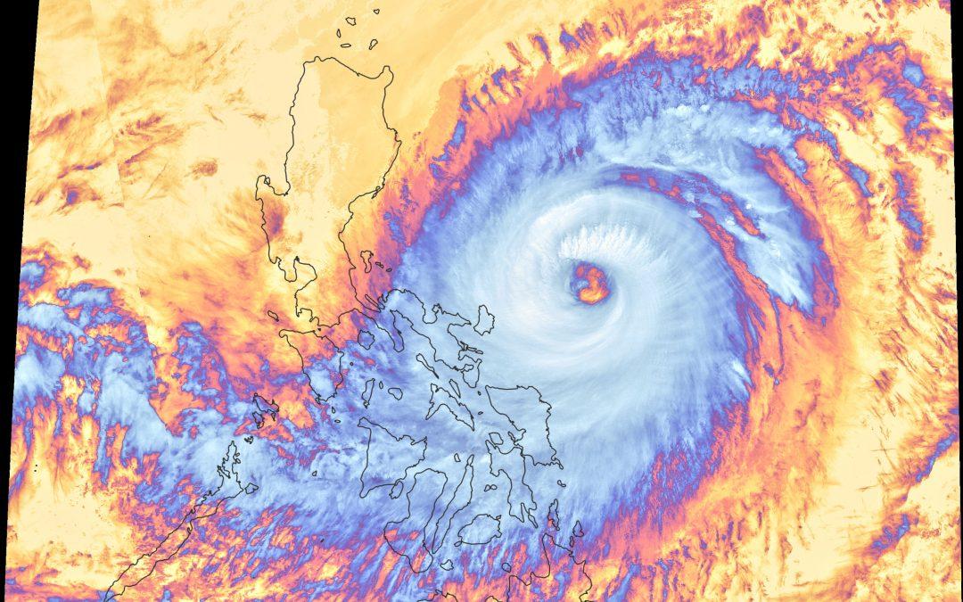 Ciclón Surigae: ondas gravitatorias, ciclo de reemplazamiento del ojo…